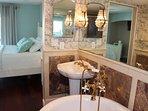 Lamp, Indoors, Room, Toilet, Bathroom
