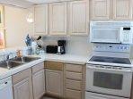 Oven, Indoors, Kitchen, Room, Microwave