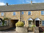 A Cotswold stone cottage in the heart of Chipping Campden, perfectly close to the high street.