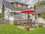 This home is ideally located only a block from downtown, and 2 blocks from the snow bus!