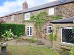 Dog Friendly Cottage in Derbyshire,Peak District close to Chatsworth & Bakewell