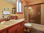 Bathroom,Indoors,Kitchen,Room,Sink