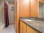 Bedroom 2 en suite bath with private bath/shower area.