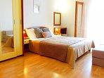 A(4+2)Garbin: bedroom