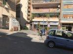 Entrata appartamento di fianco alla metro linea 1 fermata Battistello Caracciolo