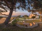 Garden and sea view - Villa Russelia in Rhodes