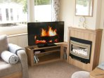 43' TV / DVD/CD Combi with Media Centre and USB for Memory sticks