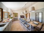 Fully equipped kitchen with table seating up to 16_2