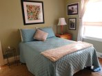 Very comfortable full size bed with wonderful linens.