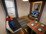 Salisbury House | Living room - Kwetu Homes (Self Catering Accommodation) Luton