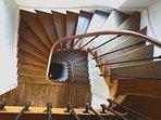 Escalier. Au fil de Troyes.