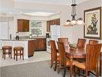 Sheraton Vistana Resort Kitchen and Dining Room