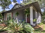 You'll fall in love with this Mississippi 2-bedroom, 2.5-bathroom vacation rental house located in Moss Point.