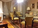 Luxurious mansion near DC, Annandale for a large group up to 24 in over 7000 sq