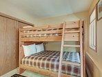 Alternate view (bunk room)