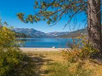 Donner Lake and the Tahoe Donner Marina are a short drive away.