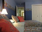 Blue Room (two double beds)