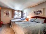 130116_East-West-Resorts_05 Kiva 428_HDReal_lo.jpg