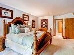 6-Kiva-228Master-bedroom_*********.jpg