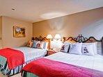 18-Kiva-333-Bedroom-B2.jpg