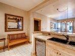 12-Villa-Montane-115-Kitchen-3.jpg