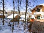 24-Villa-Montane-115-View-1.jpg