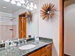 22-EastWestResorts_HS509_Bathroom5.jpg