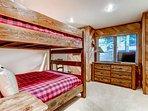 09_Ridgepoint-90_bunk-bed.jpg