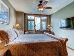 09-Highland-Lodge-308_master-bedroom.jpg