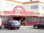 Local bar and restaraunt near Mercadonna supermarket