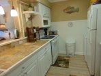 Kitchen/Bar Counter/Stove