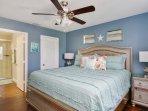 Ariel master suite, queen bed, 50' TV, upgraded ensuite