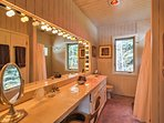 Get ready for the day in this lovely en-suite bathroom.