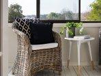 Alba - Relaxing Sunroom