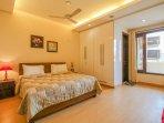Hostie Sarvada - Convenient living in South Delhi