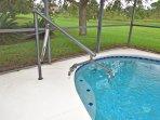 Hoist for pool