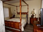 Mater Bedroom with Queen Mattress and LCD TV with Separate Tuner from Living Room!