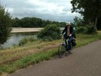 Vakantiehuis 'le Corbier' ligt vlak bij de fietsroute 'La Loire à vélo'.
