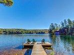 Charming waterfront getaway w/ yard, firepit, dock, kayaks - close to skiing!