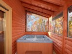 Screened in Deck with Hot Tub at Mountain Wonderland