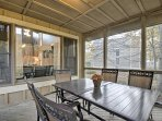Take meals outside for an al fresco dining experience on the screened porch!