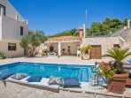Exquisite villa with pool for rent, Orasac, Dubrovnik