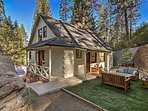 Have a peaceful California getaway at this lovely vacation rental cabin!
