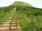 YOU CAN HIKE KOKO CRATER DAY OR NIGHT