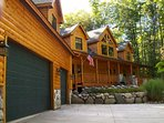 Spectacular and Spacious Log Home for 24