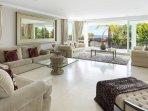 Villa Issabella   Living room