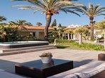 Villa Issabella   Hot tub area