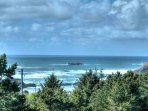 The central Oregon coast is known for its dramatic outdoor beauty, enjoy it all at Lexi's Lookout. This home provides...