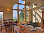 Large windows bring the incredible vistas