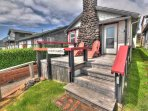 Charming oceanfront cottage, a Yachats jewel.